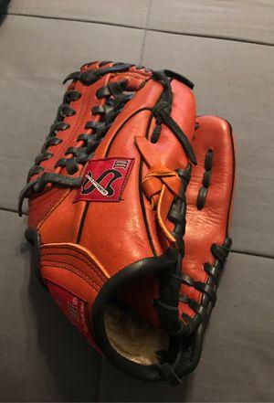 Salinas Leather Baseball Glove for Sale in Anaheim, CA