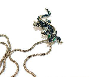 Lizard rhinestone necklace for Sale in Chicago, IL