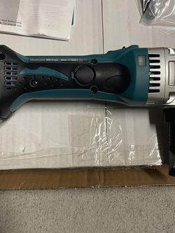 Makita XNJ01Z 18V LXT Lithium-Ion Cordless 16 Gauge Nibbler, Tool Only for Sale in Humble,  TX