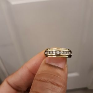 Men's 10k Wedding Ring With Real Diamonds for Sale in Los Angeles, CA