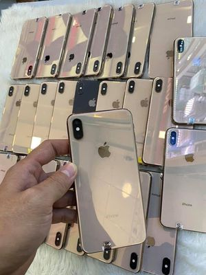 iPhone Xsmas for Sale in Denver, CO