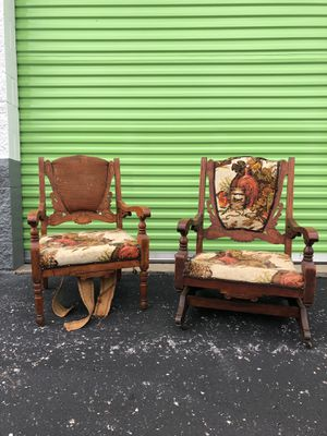 Antique His & Hers Oak Chairs for Sale in St. Louis, MO