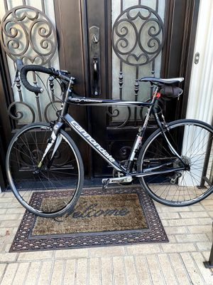 Cannondale Synapses road bike for sale. for Sale in Atlanta, GA