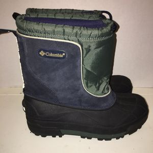 Boys Columbia snow boots for Sale in Frisco, TX