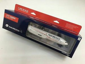 Hogan WINGS 777-200ER AEROMEXICO 1:200 for Sale in Houston, TX