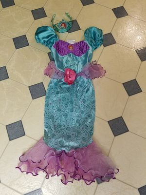 Ariel costume with Ariel crown size 4/5 kids for Sale in Colton, CA