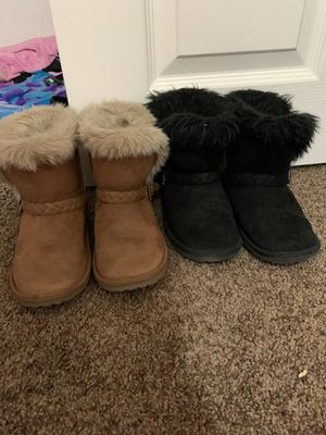 Little Girl Size 11 Boots for Sale in Tucson, AZ