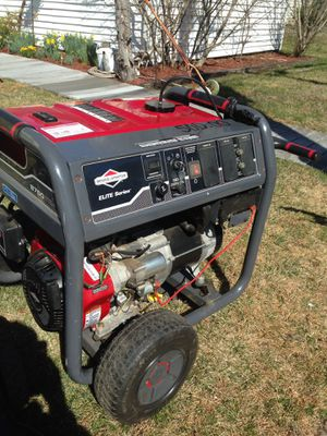 Briggs and Stratton Generator like new for Sale in Hazlet, NJ
