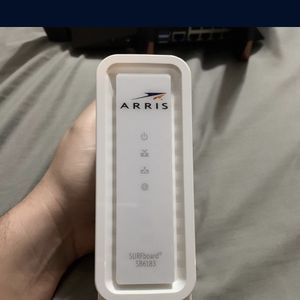 Arris Surfboard SB6183 High Speed modem for Sale in Puyallup, WA