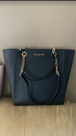 Brand new authentic Michael Kors bag $100 price is firm for Sale in North Las Vegas, NV