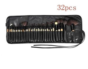 32 Piece Makeup Brush Set for Sale in undefined