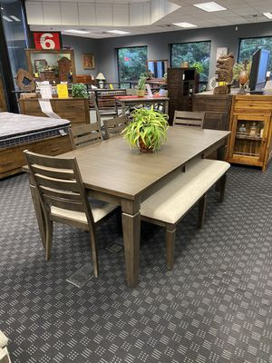 """Dining Set - Dining Table 42"""" x 84"""", 4 Chairs & Bench for Sale in Vancouver, WA"""