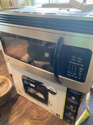 Used GE microwave for Sale in Lancaster, TX