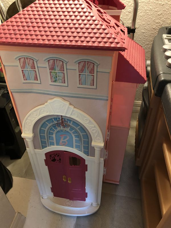 Barbies house