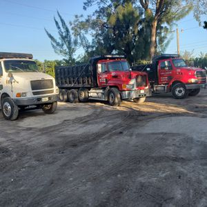 Looking for driver with cdl A or B for Sale in Miami, FL