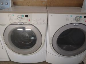 Whirlpool duet frontload set washer and gas dryer with warranty for Sale in Fresno, CA