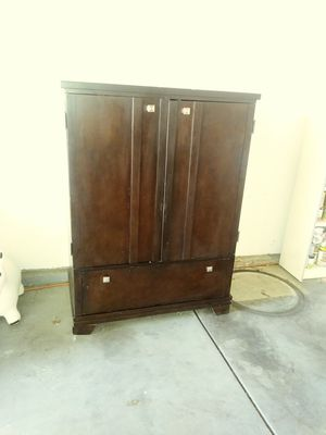 Big T.V Cabinet 25 bucks ready for pick-up. for Sale in Stockton, CA