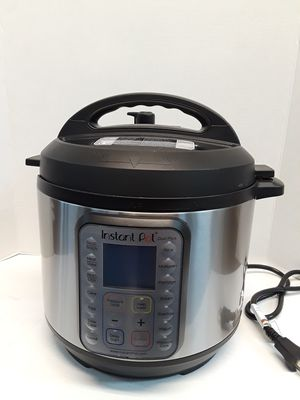 Instant Pot 6 Pints (3quart) for Sale in Grand Prairie, TX