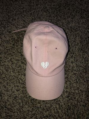Broken heart Pink hat for Sale in Fort Worth, TX