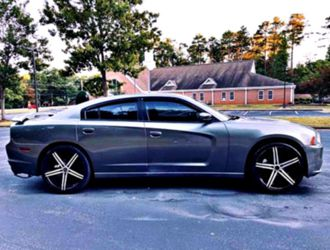 very strong 2O12 Dodge Charger SXT for Sale in North East,  MD