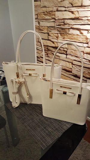 Classy Tote, Bag for Sale in Stafford, VA