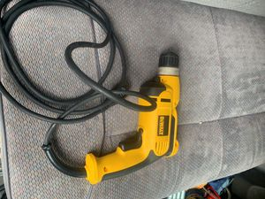 DeWalt DWD112 - Taladro con empuñadura de pistola VSR, 3/8 pulgada, 8.0 Amp for Sale in Washington, DC