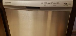 Frigidaire Dishwasher for Sale in Anaheim, CA