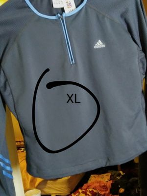 Adidas crop pullover for Sale in Neenah, WI
