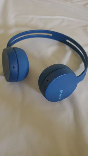 Sony Bluetooth headphones for Sale in Colorado Springs, CO