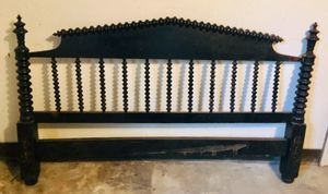 Antique Jenny Lind Spindle Bed for Sale in Mount Rainier, MD