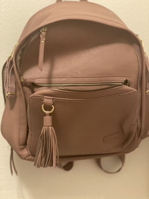 Skip hop Greenwich simply chic diaper bag in rose for Sale in Glendale, AZ
