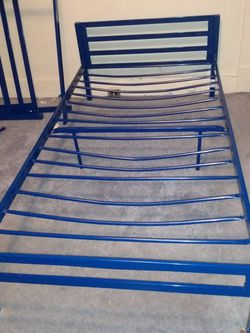 Metal Bed Frames for Sale in East St. Louis,  IL