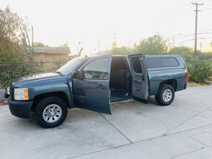Chevy Silverado v8 5.3 for Sale in San Bernardino, CA