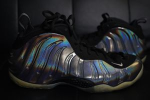 Nike Air Foamposite size 11 Hologram for Sale in Chicago, IL