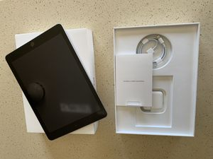 Apple iPad - 6th Generation for Sale in Colorado Springs, CO