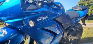 Kawasaki ninja 250. LEARNER MOTORCYCLE. for Sale in Tulsa, OK