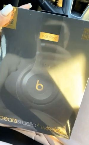 Beats studio 3. Special edition for Sale in Los Angeles, CA