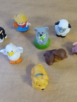 little people toys koala, dog, duck, monkey, rabbit, sheep, pig, farmer Some show very light wear for Sale in Huttonsville,  WV