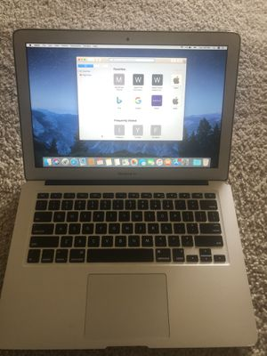 MacBook Air (13 inch Early 2015) for Sale in Riverdale, MD