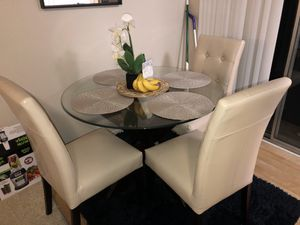 Dinning set for Sale in Los Angeles, CA