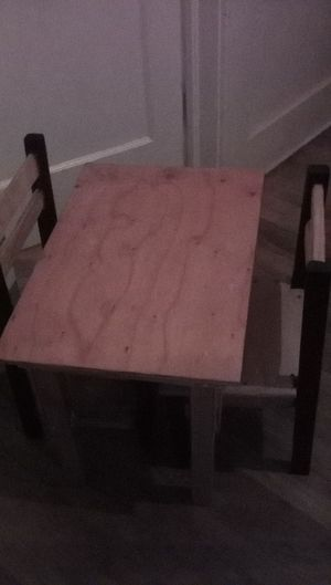 Little kids table and chair for Sale in Fresno, CA