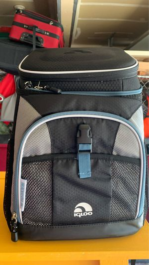 New igloo backpack cooler x2 for Sale in Vancouver, WA
