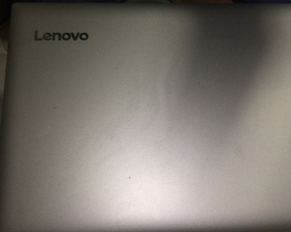 "Lenovo Ideapad 320 15"" windows 10 AMD A12 RADEON R7 8gb laptop"