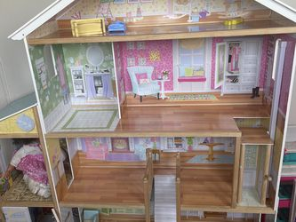 Big Doll House for Sale in Turlock,  CA
