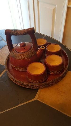 Earthen Ware Tea Set w/Carrying Tray for Sale in St. Charles, MD