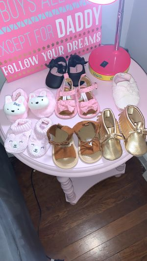 Baby girl clothes for Sale in Shaker Heights, OH