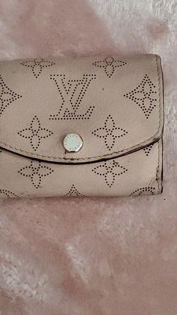 Athletic Vantage Louis Vuitton Wallet for Sale in Milwaukie,  OR