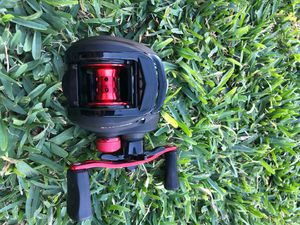 FISHING REEL for Sale in Fontana, CA
