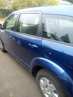 Dodge journey 2010 4 door for Sale in Dallas, OR
