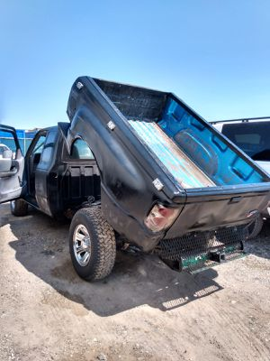FORD RANGER 1997* TRANSMISSION MANUAL* 190000 MILES* WITH DUMPER* 4 CILINDERS* IT RUNS GOOD* SE HABLA ESPAÑOL* for Sale in Las Vegas, NV
